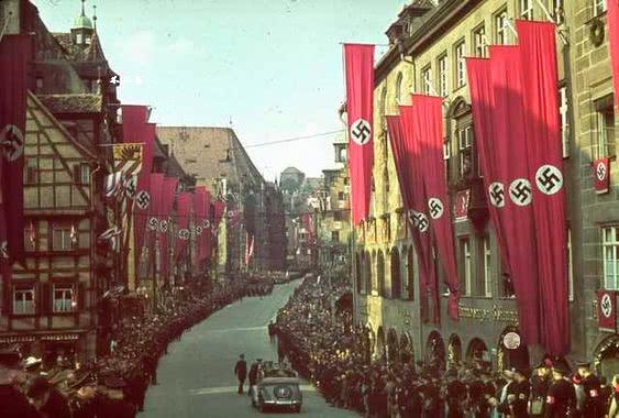 第三帝国时期的彩色老照片:看看二战前夕纳粹德国繁华