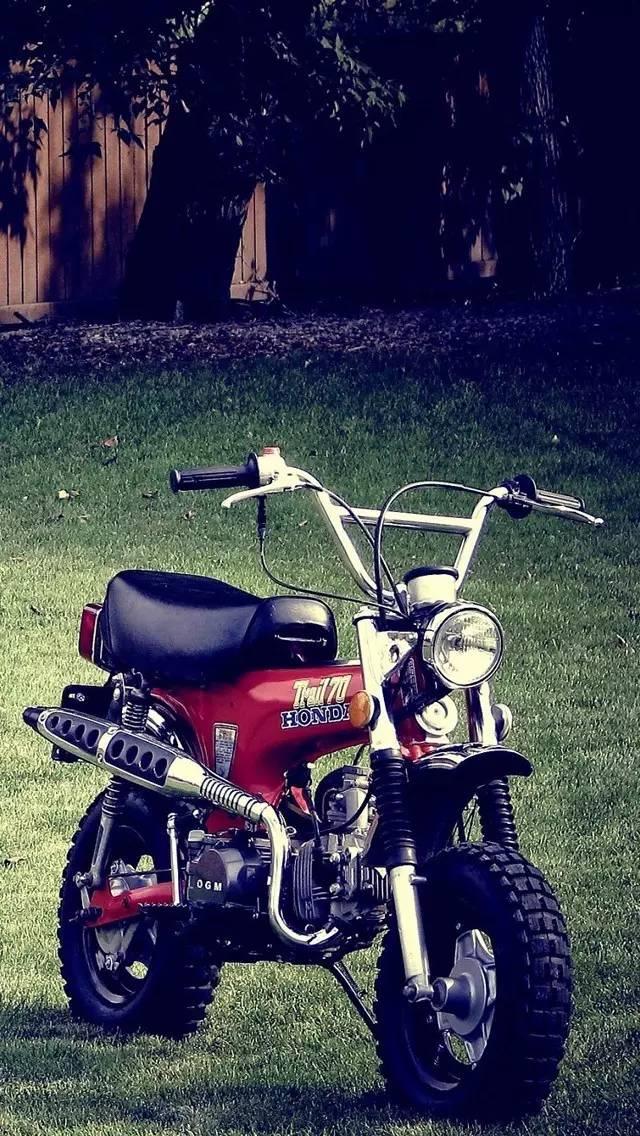 炫酷摩托车高清手机壁纸