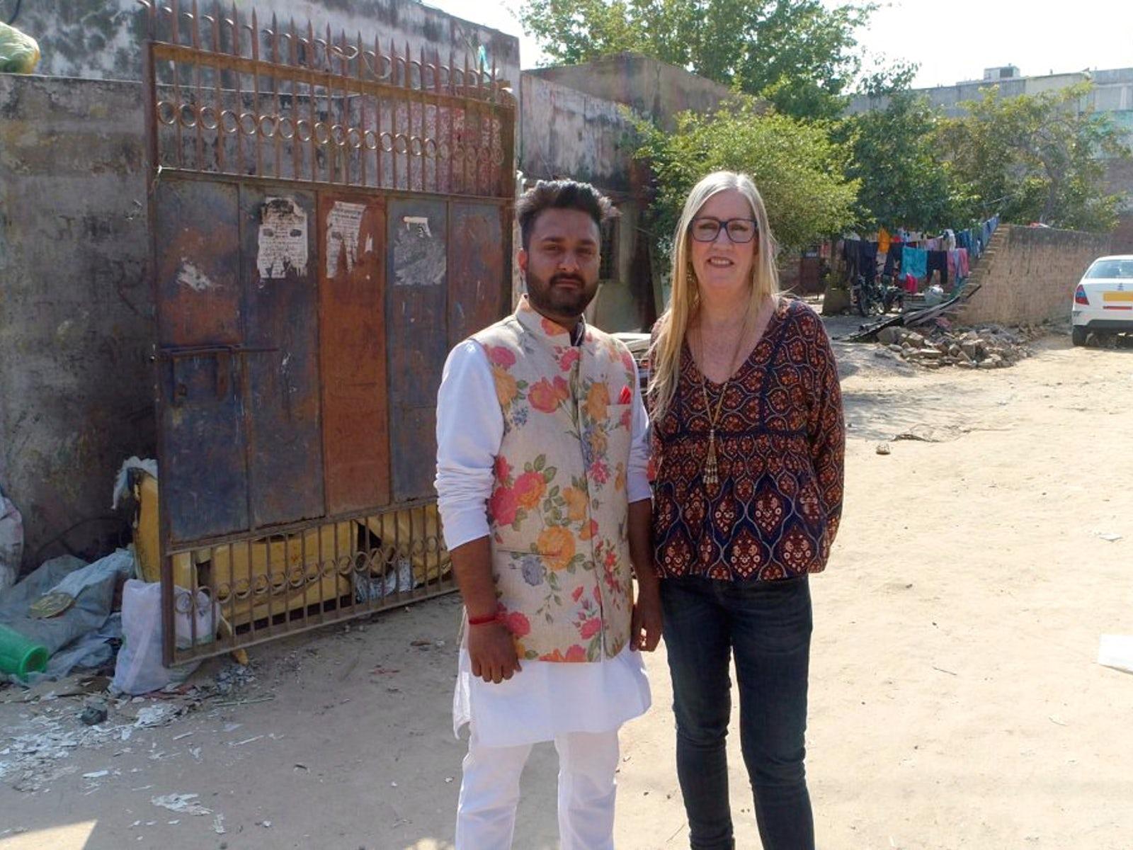 原创 60岁美国大婶痴恋30岁印度男子,跌宕起伏的爱情,让人瞠目结舌