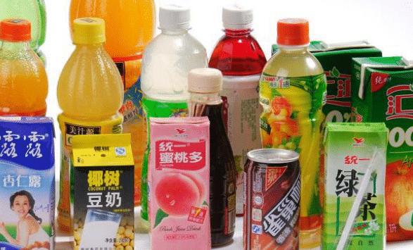 一年卖出353亿元,它正式超越娃哈哈王老吉,成中国第一饮料品牌