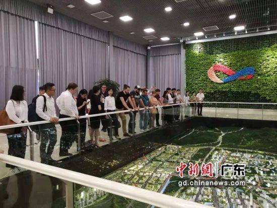 21家大湾区法资企业代表考察中新广州知识城