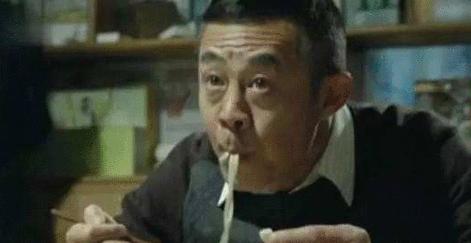 """原创            """"吃面条""""成了辨别真假演员的照妖镜,网友:吃的太假"""