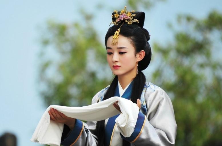 刚刚复出,赵丽颖便官宣两部大剧,其中一部大剧她将与王一博合作