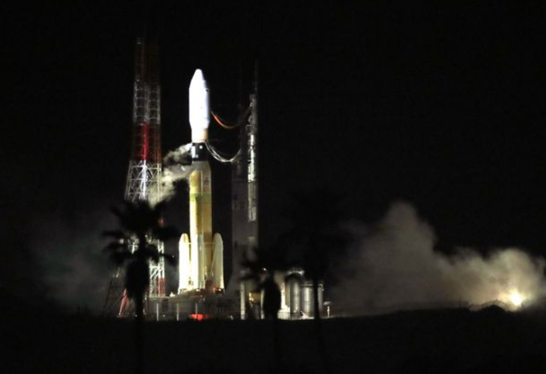 倒数三小时 日本H2B火箭发射台着火了