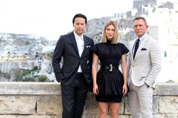 《007:无暇死亡》意大利马泰拉古城宣传照曝光