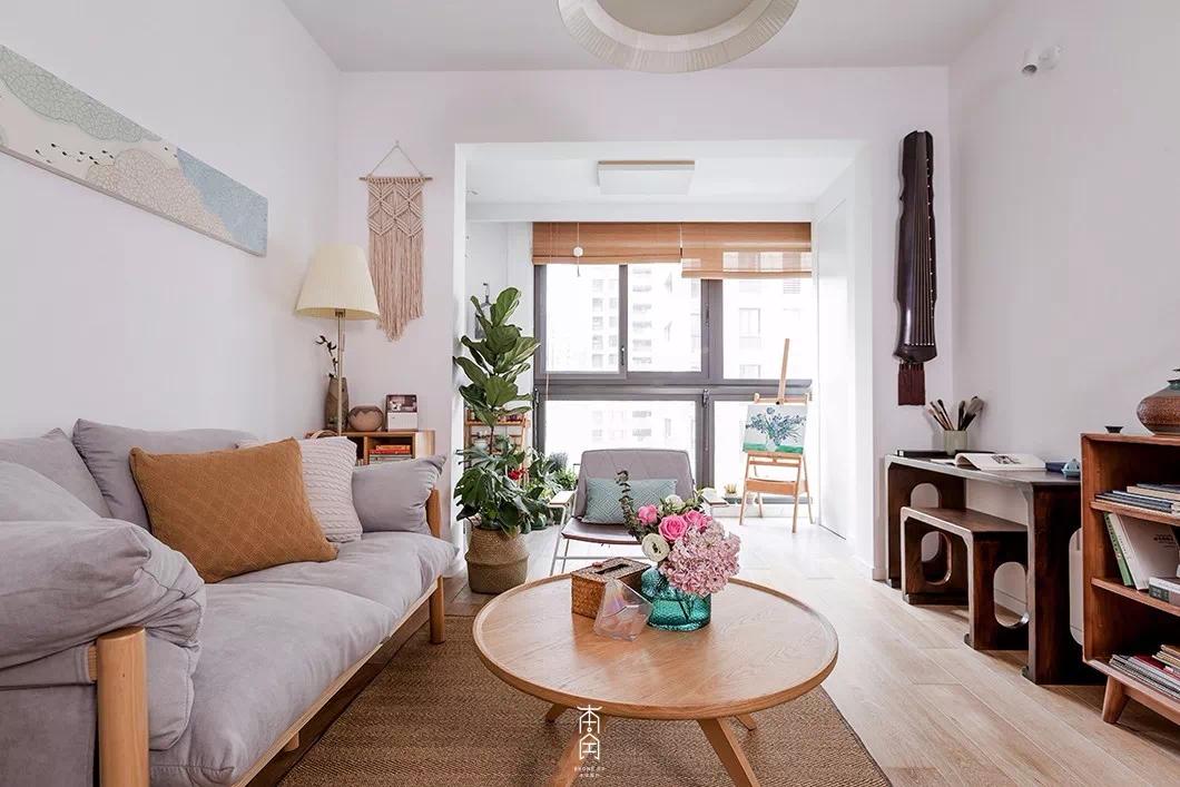 89㎡现代简约3居室装修,干净简约,阳台设计是我的最爱!