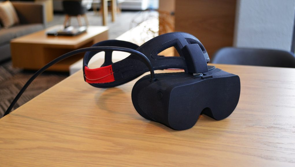 Vality用微显示器打造紧凑高分辨率VR头显