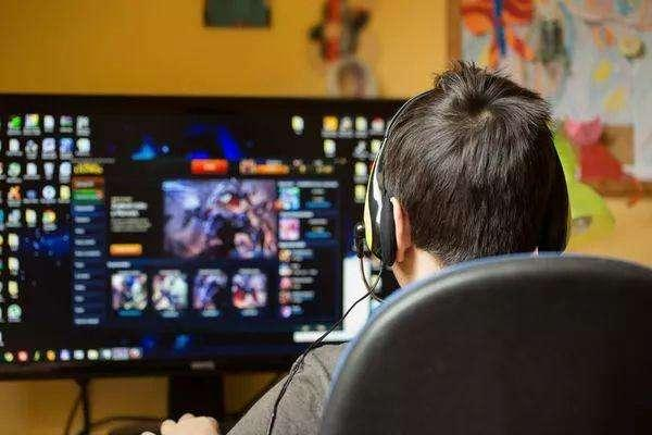 买显卡玩游戏还在追求高帧率?大错特错!
