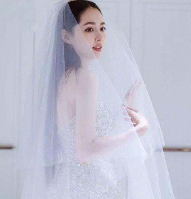 婚纱的照片_最漂亮的婚纱照片