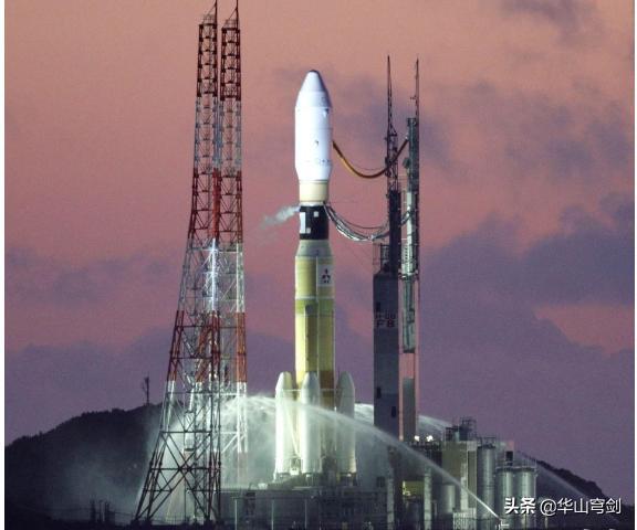 3时05分,日本航天中心发射台突燃大火,国际空间站运输任务失败