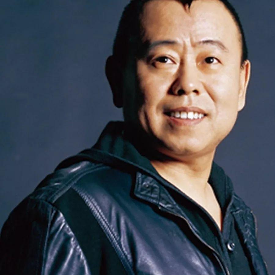 《举起手来2》潘长江扮演什么角色?