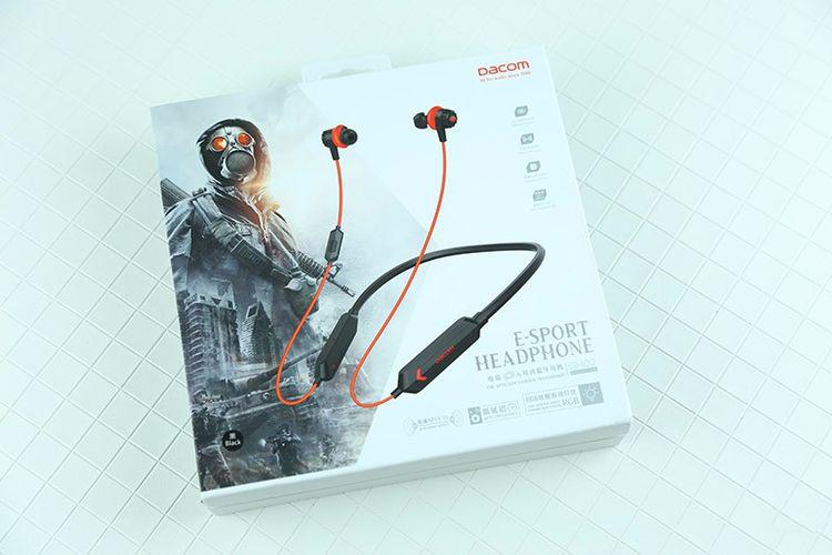 游戏芯片+灯效加持,蓝牙耳机玩游戏电竞,你觉得有戏吗?