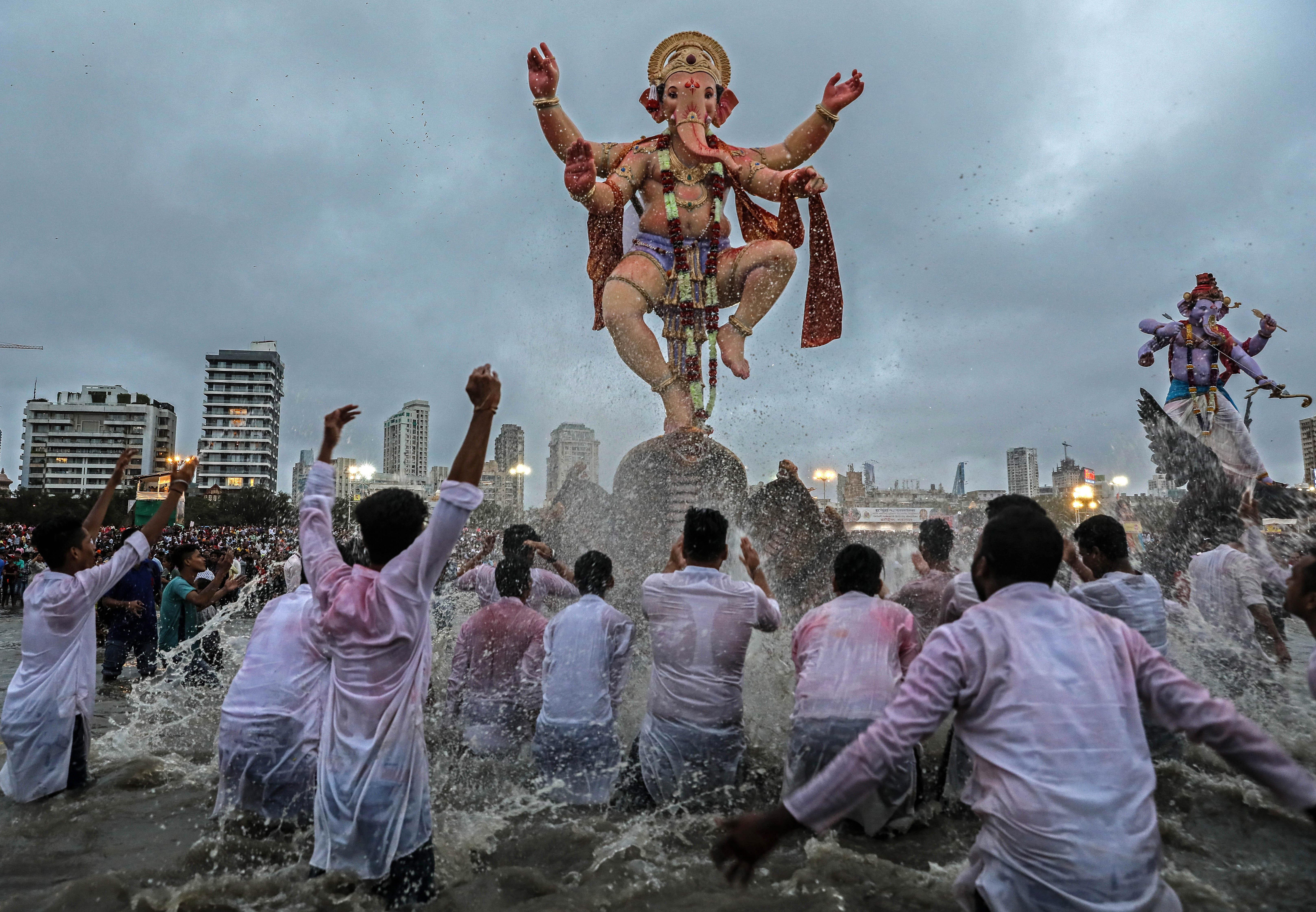 印度庆祝象鼻神节