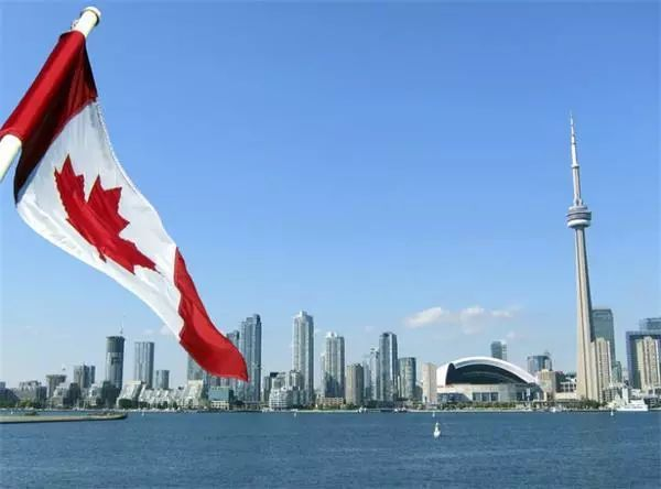 加拿大哪个地区移民人数最多? 3