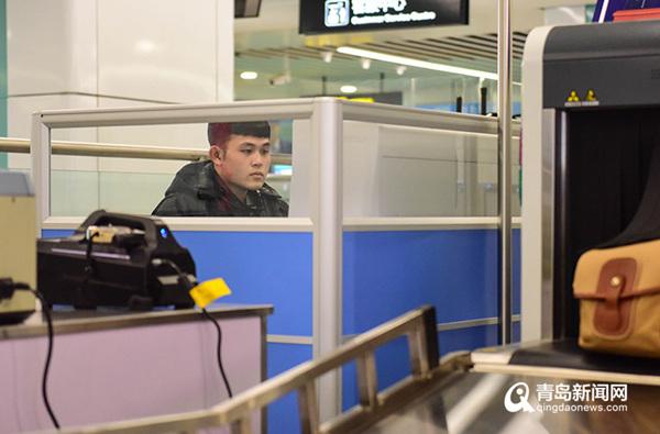 9月16日起青岛地铁将执行最高安检等级 逢包必检逢液必查逢疑必问