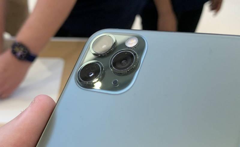 华为也来调侃iPhone 11了:这回是来自印度荣耀_摄
