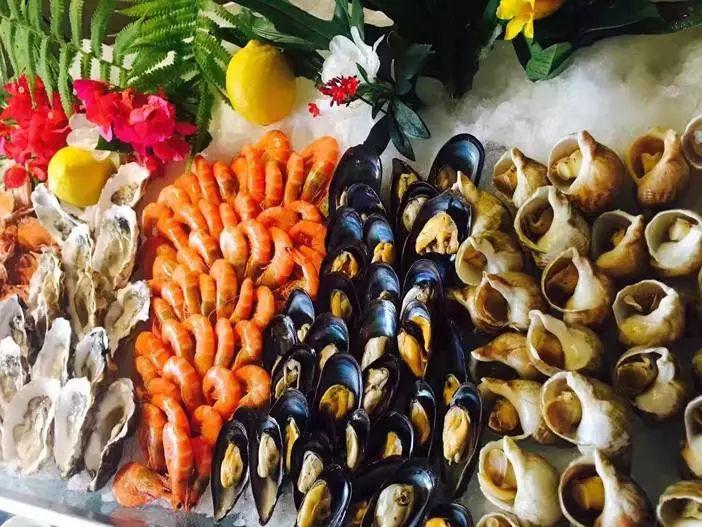 699入住碧桂园空港凤凰酒店高级房 享双人自助早餐 双人海鲜晚餐 亲子DIY月饼 创意儿童画,这个假期好嗨呦