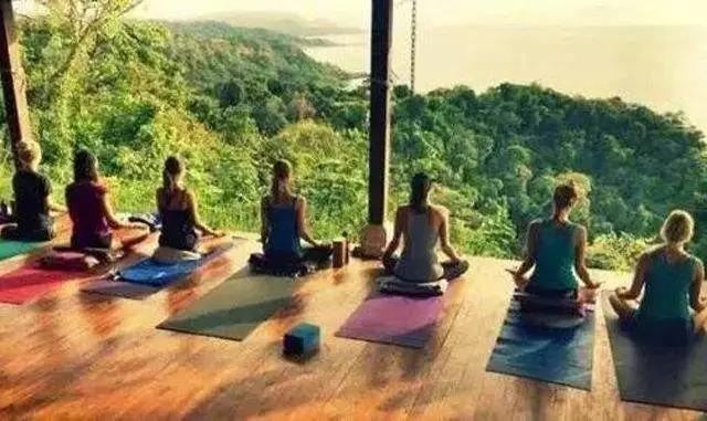 瑜伽静修所