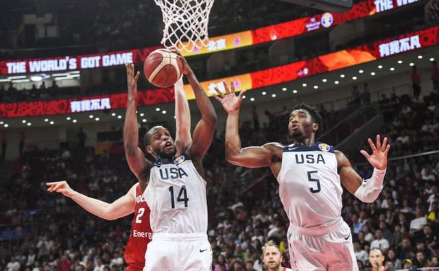 美国大胜波兰位列第七名!ESPN模拟的奥运会阵容能否洗刷耻辱?