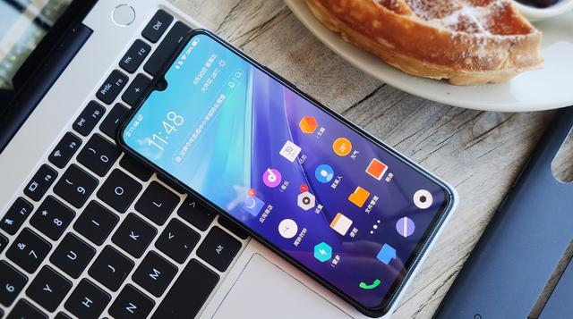 双Wi-Fi黑科技+5G网络加持,仅售3798元,iQOOPro5G版太良心了
