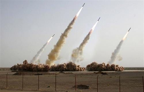 13万枚火箭弹直指本土,以军扬言全歼伊朗军队,美国罕见不表态