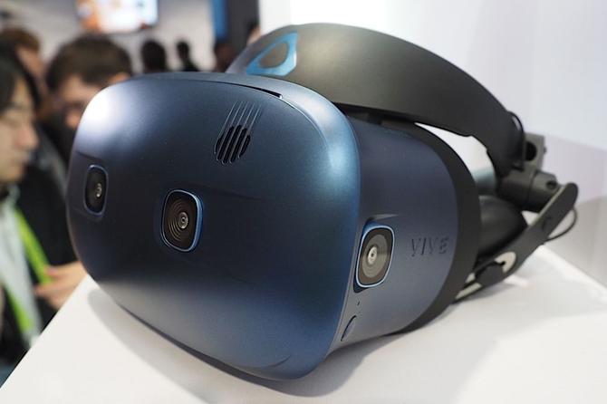 6镜头定位!HTC头戴VR新品下月开售:5899元土豪价起卖