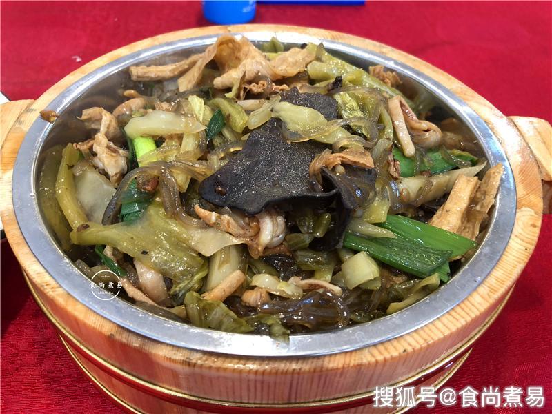 中秋节小长假回老家聚餐,10人一桌点了13道菜,客家特色,美味又不贵
