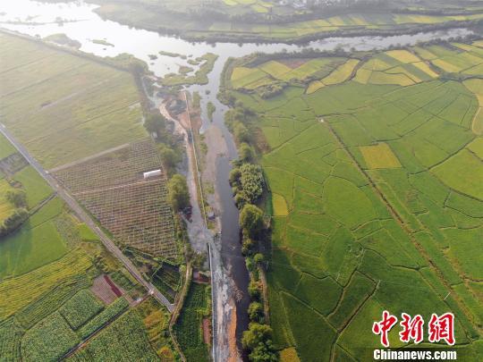 江西27县市高温日数创新高 旱情致多地市直接损失3.8亿元