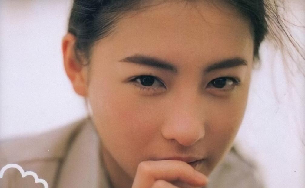 不提谢霆锋也不提陈冠希,张柏芝本来是最被期待的女演员