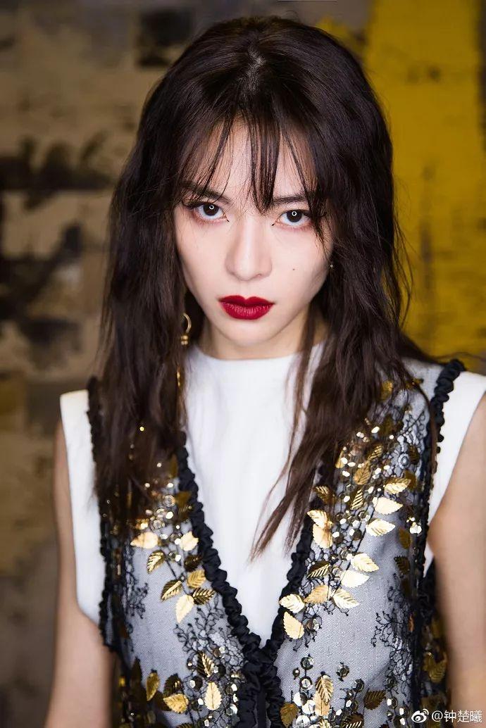美人计|钟楚曦所有活动的妆都是她自己画的你敢信?