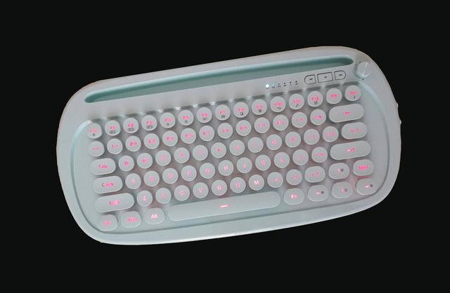 原创 延伸输入区域,你需要个巧克力蓝牙键盘