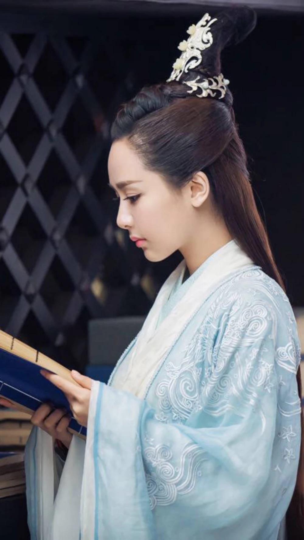 杨紫的陆雪琪和赵丽颖的碧瑶,谁更加让你觉得惊艳了