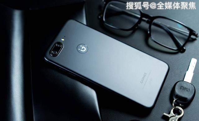 曾经的国产手机之王,在申请破产200天后,带着两款手机回来了