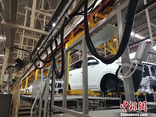 8月中国工业增加值增长4.4%产业结构调整优化