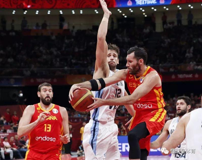 16日篮球新闻:西班牙6人得分上双夺冠,NBA新赛季黄蜂点评