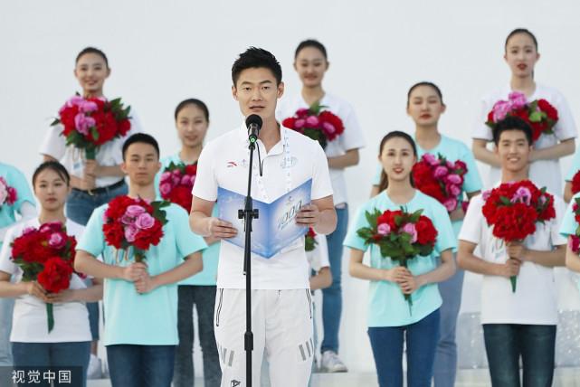 从 福娃 到 冰墩墩 双奥之城 北京再次向世界张开双臂