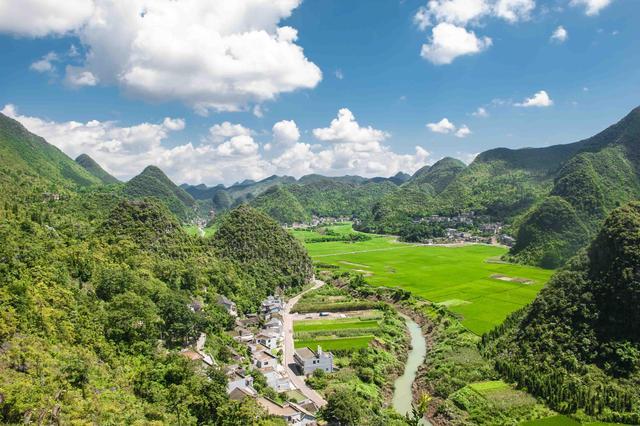 贵州旅游必去的景区,有人间难寻的美景,徐霞客都曾在此流连忘返