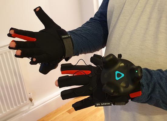 体验ManusPrimeHapticVR手套