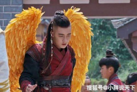 <b>胡歌甘做绿叶,张艺谋执导《遮天》主角曝光,网友:怕是要黄了</b>