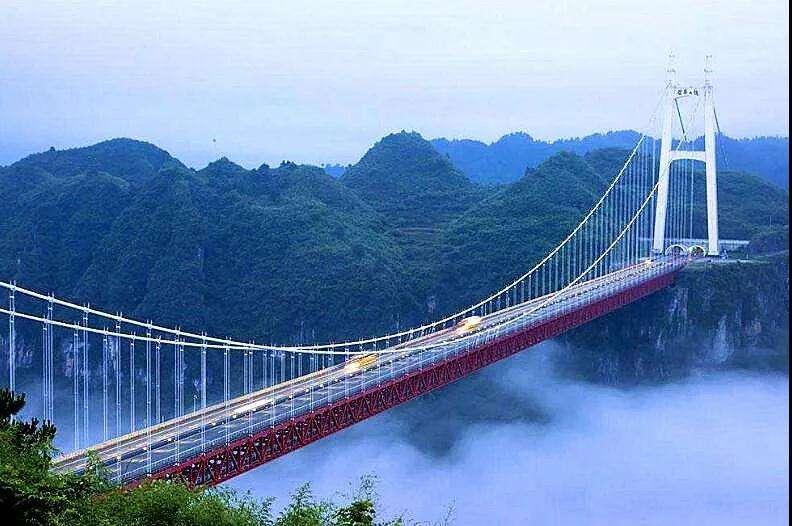 国内的几座跨海大桥,让港珠澳大桥的存在感很一般