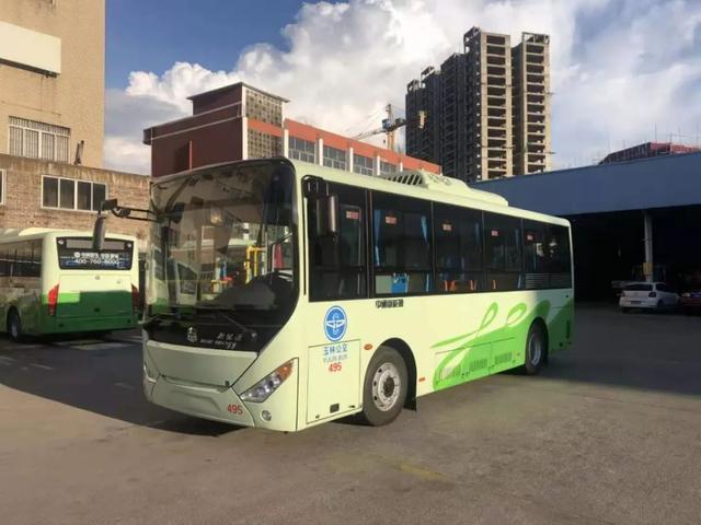 """最新消息!从9月20日起,玉林22路公交车将更名为""""动车专线"""""""