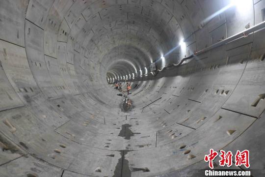 中企承建吉隆坡地铁二号线盾构区间隧道实现全线贯通