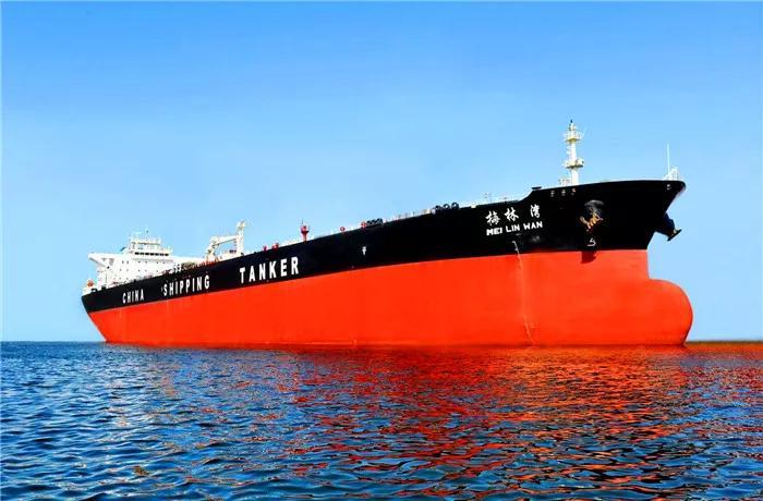 伊朗再次兵发波斯湾,突然扣押一艘大型油轮,美:谁给的胆子?