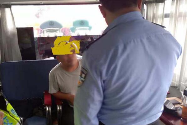 郑州市二七区解放路公安分局卡点又现战绩