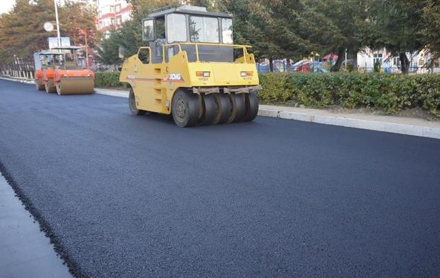 为什么混凝土道路渐渐都被沥青道路取代?看完这四点秒懂