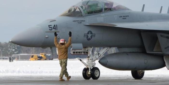 一旦开打,3万驻日美军撑不过30分钟?美媒:导弹雨6分钟即可到达