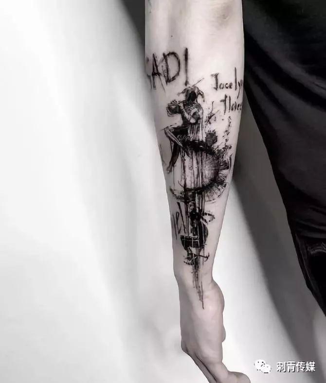 暗黑系水墨风格纹身图片