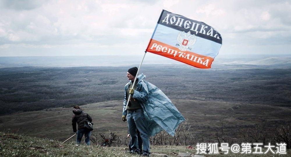收复失地无望?俄军多款先进武器部署克里米亚,泽连斯基摇头苦笑