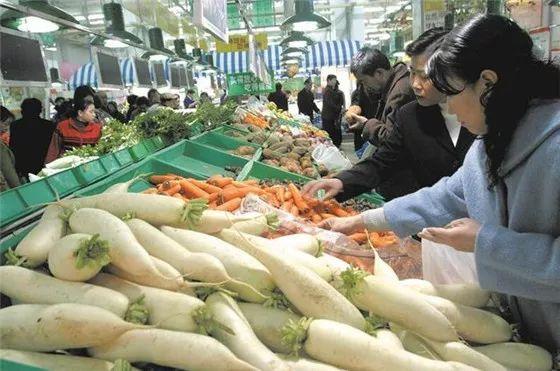 互联网买菜的赛道上已是高手云集 你认为菜市场上互联网好吗?