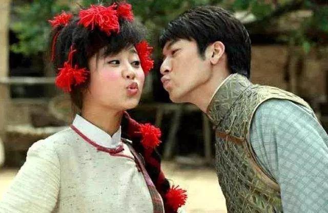 杨紫和哪些男神拍过吻戏?李现全程高甜,肖战最值得等待!